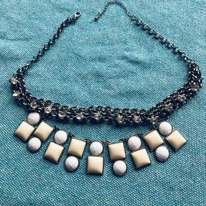Necklace, jewels and stones